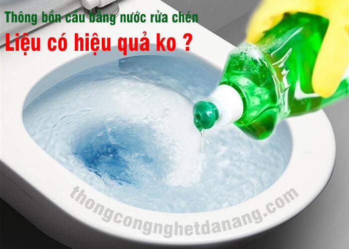 Xu li bon cau thoat nuoc cham bang nuoc rua chen